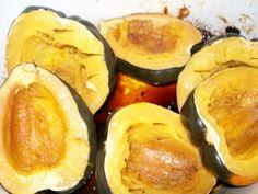 Crock-Pot Sweet Acorn Squash-CrockPotLadies.com