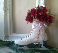 Ice Skate, Valentine's Day, Wreath, Wall decor, Door decor, Decorated skate,Winter skate