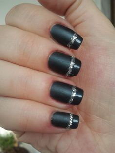 French Manicure-Matt Effect