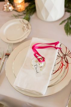 perfect christmas place setting