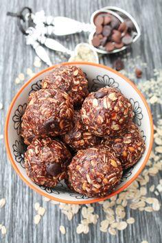 Chocolate & Peanut Butter Hemp Seed Balls – Gluten Free & Vegan