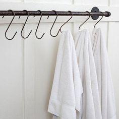 Plumbing Pipe Towel Bar hook, towel bar, plumbing, flea markets, plumb pipe, bathroom, towel storage, storage ideas, pipe towel