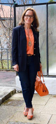 coral, color palettes, women's fashion mature, orang, style, colors, matur women, fashion blogs, belts