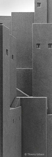 Thierry Urbain - Babylon: the Observatories