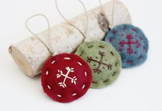 Handstitched Felt Snowflake Ornaments from House 129