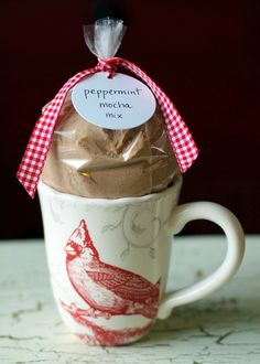 Peppermint Mocha Teacher Gift - http://learning.innerchildfun.com/2013/12/peppermint-mocha-teacher-gift.html #learning #ece