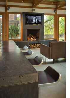 concrete countertop - love the thickness and rough end finish
