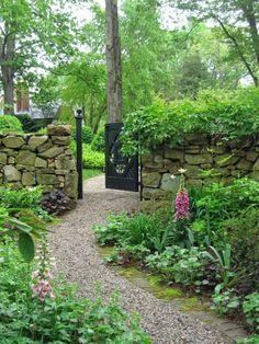 Stone walls & pea gravel path