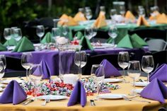 gras parti, beaches, color combos, party table settings, theme parties, colors, table scapes, party tables, mardi gras party
