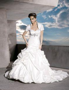 Sweetheart ball gown  taffeta bridal gown wedding dressses, ball gowns, sweetheart ball, weddings, bridal gown, gown taffeta, dresses, bride, taffeta bridal
