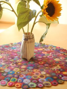 This would look so cute on the table in my fiestaware kitchen!