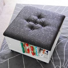 Make your own ottoman with tons of storage out of crates! Step-by-step with LOTS of photos. ♥♥ coffee tables, craft, diy tutorial, diy gift, book storage, milk crates, storag ottoman, wooden crates, wood crates