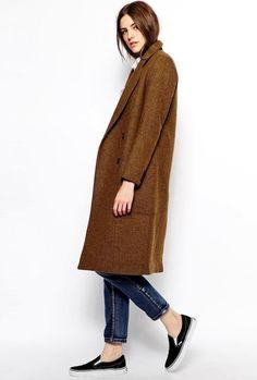Casual Fall Look: Brown Coat, Cropped Denim & Sneakers #style #fashion #kicks #vans