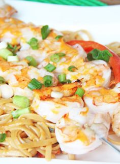 Skinny Mom's, Bang Bang Shrimp Pasta is a low fat and low calorie meal that is absolutely devine! Love the shrimp and pasta combination!