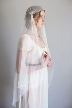 Understated and Elegant Bridal Accessories from Mignonne Handmade