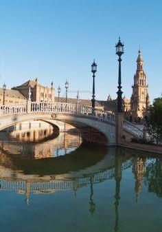 Plaza de Espana (Piazza di Spagna) a  #Siviglia al tramonto