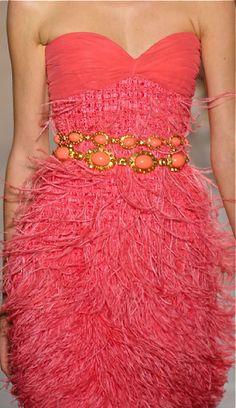 Feathers/karen cox....Giambattista Valli Fall 2011 Couture