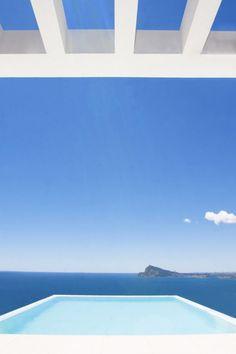 Mediterranean Pearl / Carlos Gilardi