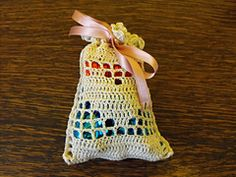 Ravelry: Filet Heart Sachet pattern by Amanda Robinson