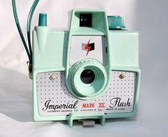 BlondeShot Creative: My Vintage Camera Collection, part 1