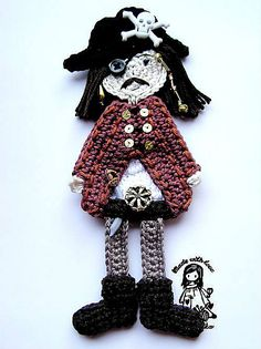 Pirate captain by Vendula Maderska.  $4.00 for pattern 6/14.