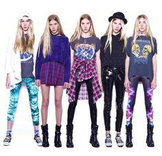 cute 90s outfits, cloth, printed leggings, 90s fashion, 90s idea, 90s inspir, all black converse outfit, cookies, hair
