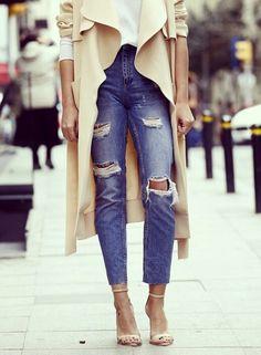 camel, outfit, distress denim, street styles, rip jean, street style fashion, shoe, coat, street chic