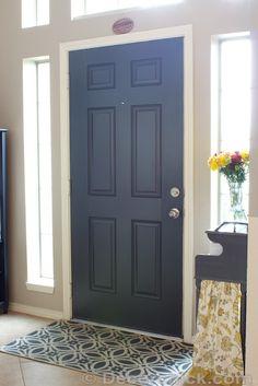 Painted Black Interior Door | www.decorchick.com