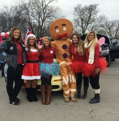 Hot Spot hotties and Gingy aka Lee! #smyrna #hotspot #Christmas #parade