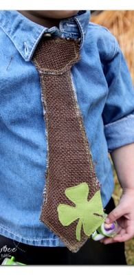 "this shamrock tie is SO CUTE - ans it's a ""fake"" tie, so it's really easy to make - - tutorial, Faux Boys' Tie ~ Sugar Bee Crafts"