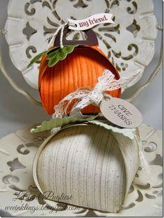 LeAnne Pugliese WeeInklings Paper Players 212 Curvy Keepsake Box Pumpkins