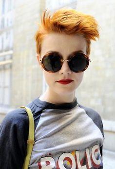 awesome hair, awesome shirt, awesome sunglasses! #redheads