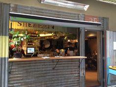 Laneway cafe