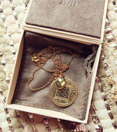 @Chemjoy.com.com Gold Medal Long Necklace