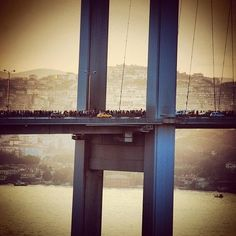 #occupygezi  ▲  ✕    The number of people crossing the Bosporus Bridge on foot is estimated to be over 40,000