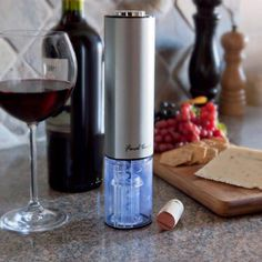 Costco: Final Touch® Electric Corkscrew