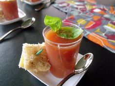Tomato Basil Soup Shooters for a #sundaySupper of Tantalizing Trays!