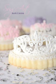 Wow!!  Great Tiara Cookies indeed!!  Awesome