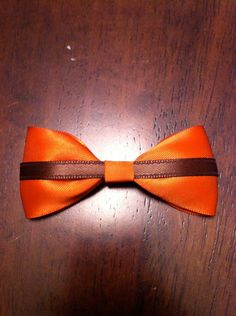 Cleveland Browns Bow. $5.00, via Etsy.