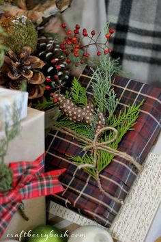 Holiday Wrapping via Craftberry Bush. #laylagrayce #holiday #wrapping