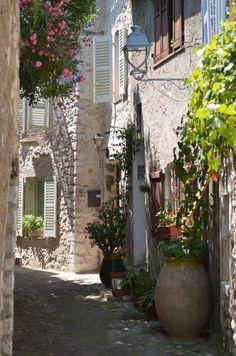 Provence streets alley,Saint Paul de Vence. France