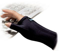 """IMAK SmartGlove with Thumb, carpal tunnel support, wrist pain - pinner says, """"I use these while I am on the computer. Really helpful for (RA) hand/wrist pain."""""""