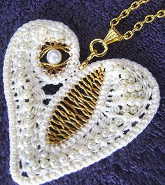 Heart necklace - bead and Romanian point lace crochet tutorial