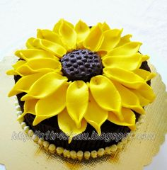 Steamed Chocolate Brownies with Sun flower decoration