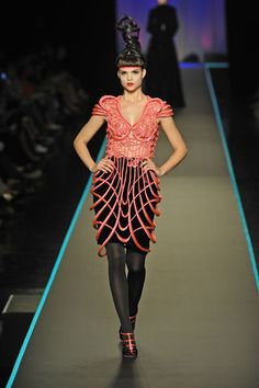 Jean Paul Gaultier Fall 2008 Couture - Runway Photos - Fashion Week - Runway, Fashion Shows and Collections - Vogue