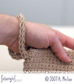Wristlet straps using Wonder Knitter from futuregirl craft blog