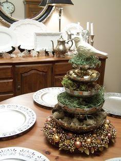 bird, holiday, christmas centerpieces, christma decor, centerpiec idea, christma tablescap, christmas decorating ideas, christma centerpieceidea, cake plates