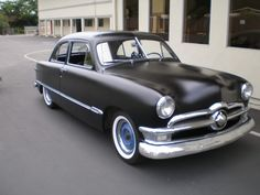 1950 shoebox ford , what's not to love :)