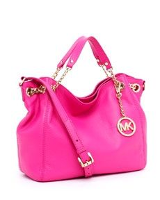 This needs to be my next bag! Bright fuchsia will light up the look any day. One can never have too many bags ya know:) They are the perfect accessory. Kembrel has plenty more to choose from if you take a peek:)