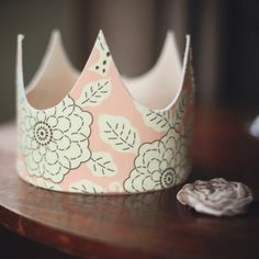 fabric crown...what fabric is this?? love it